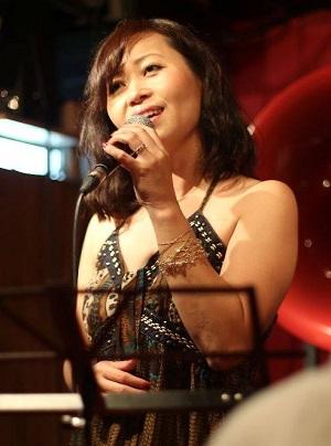 中村麻美さん.jpg
