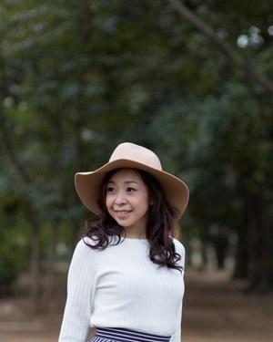 竹内レナ上半身帽子.jpg